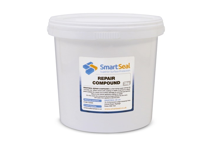 Crack Repair Compound (3kg) - Repair cracks in concrete & tarmac with this fast-drying, super-strong dry concrete mix