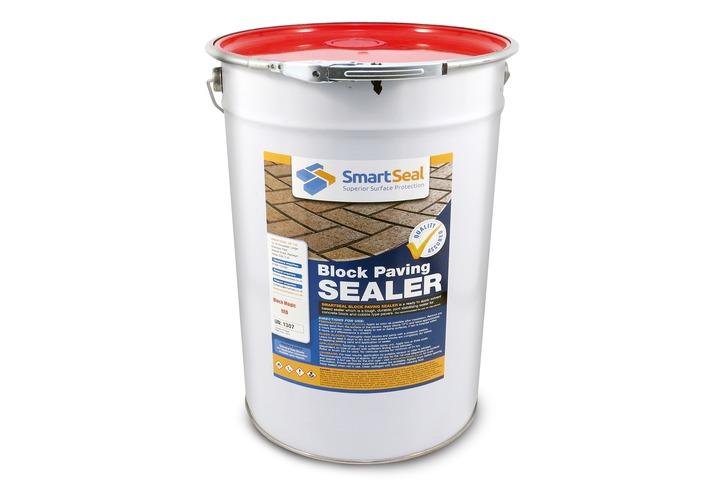 Block Paving Sealer and Colour Restorer in RED