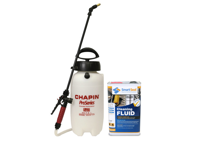 Chapin XP Pro Series Sprayer inc. Viton Seals - 7.6 Litre Capacity with Tools Cleaning Fluid - 5 Litre