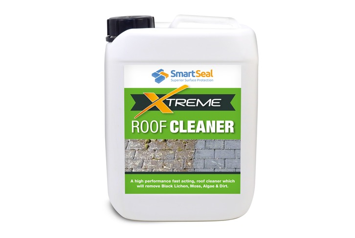Fast Acting Roof Cleaner to Clean Dirt, Algae & Grime from Roofs